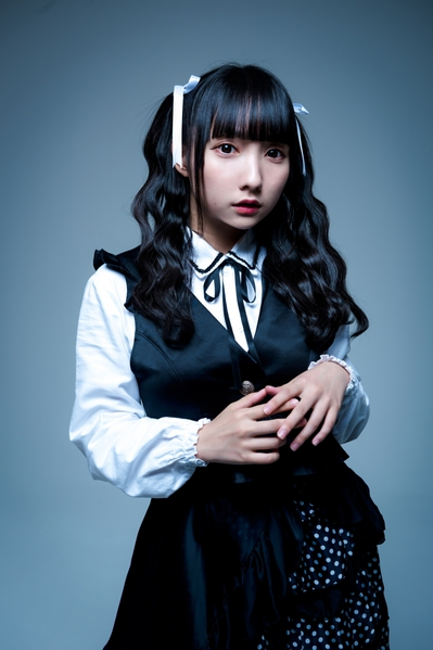 Mochiko_Artist Photo (1).jpg